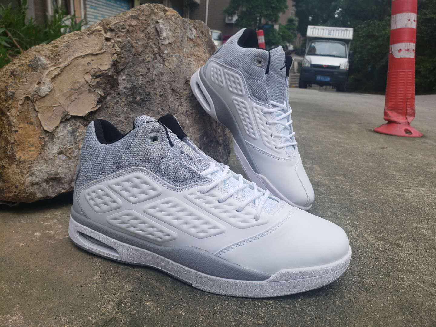 Air Jordan 2019 New School White Grey