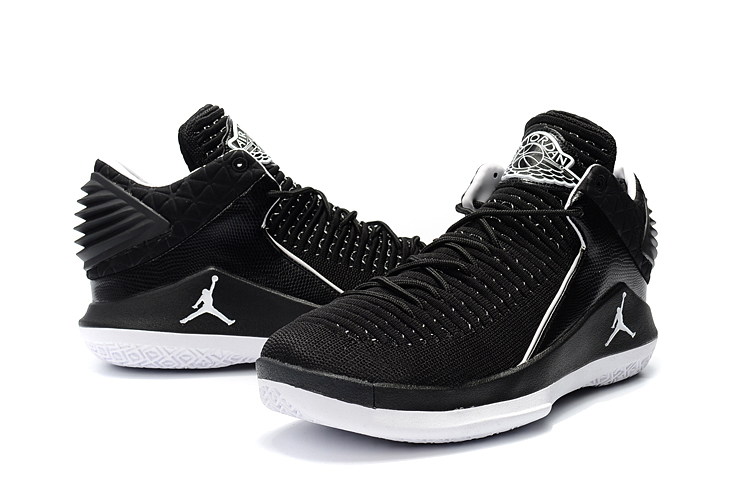 Men Jordan 32 Low Black White Shoes