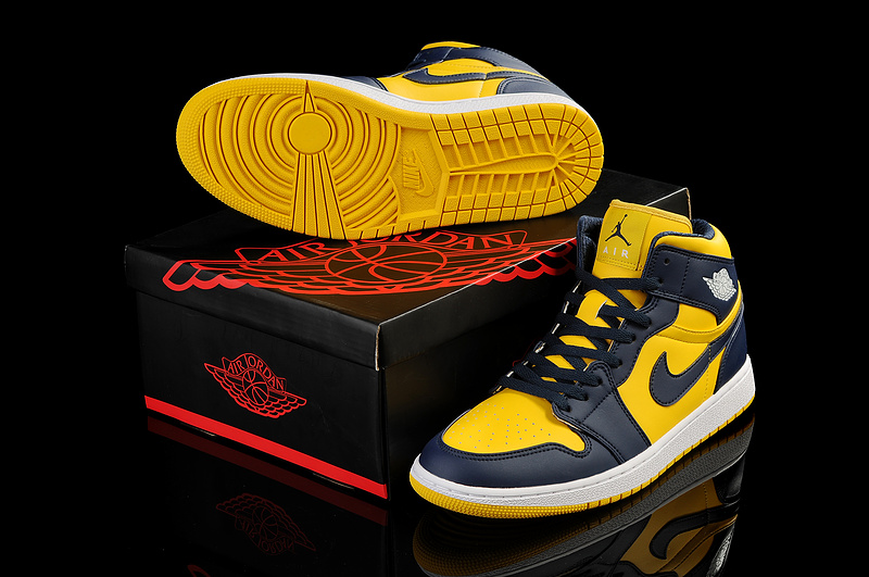 2013 Jordan 1 Retro Black Yellow