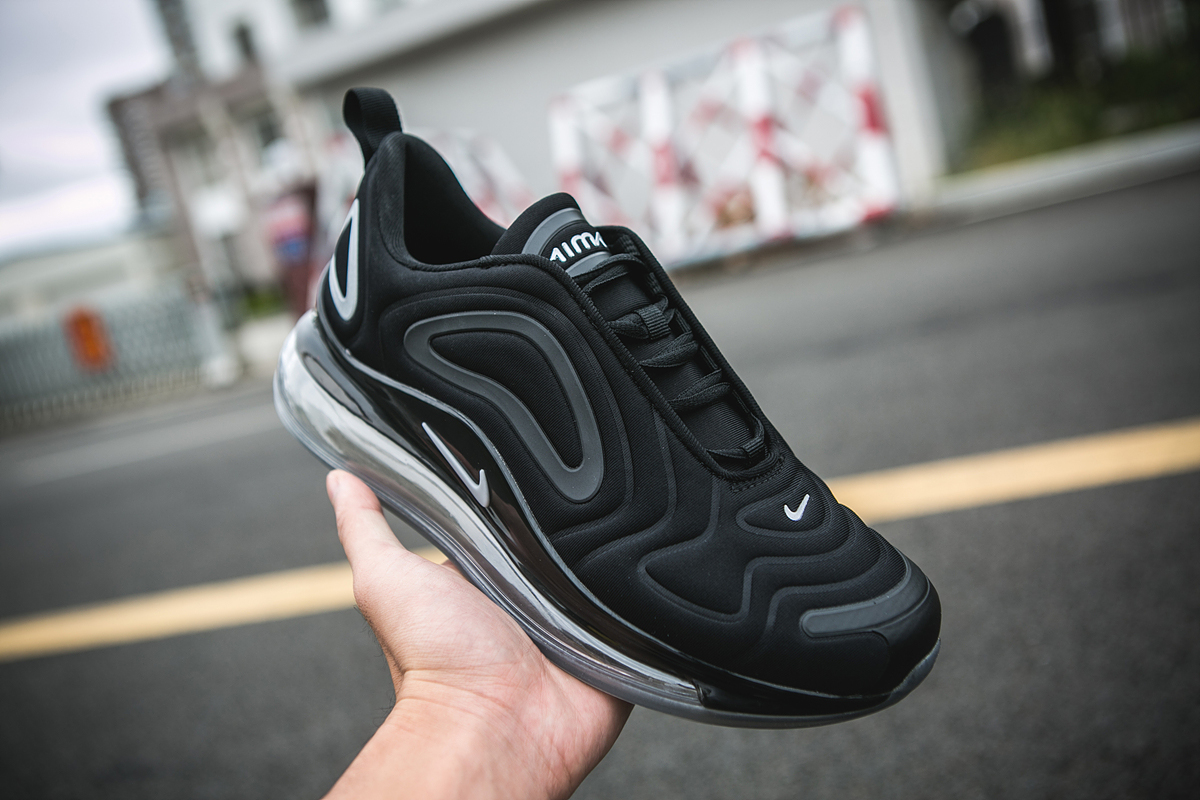 Nike Air Max 720 Carbon Black Shoes