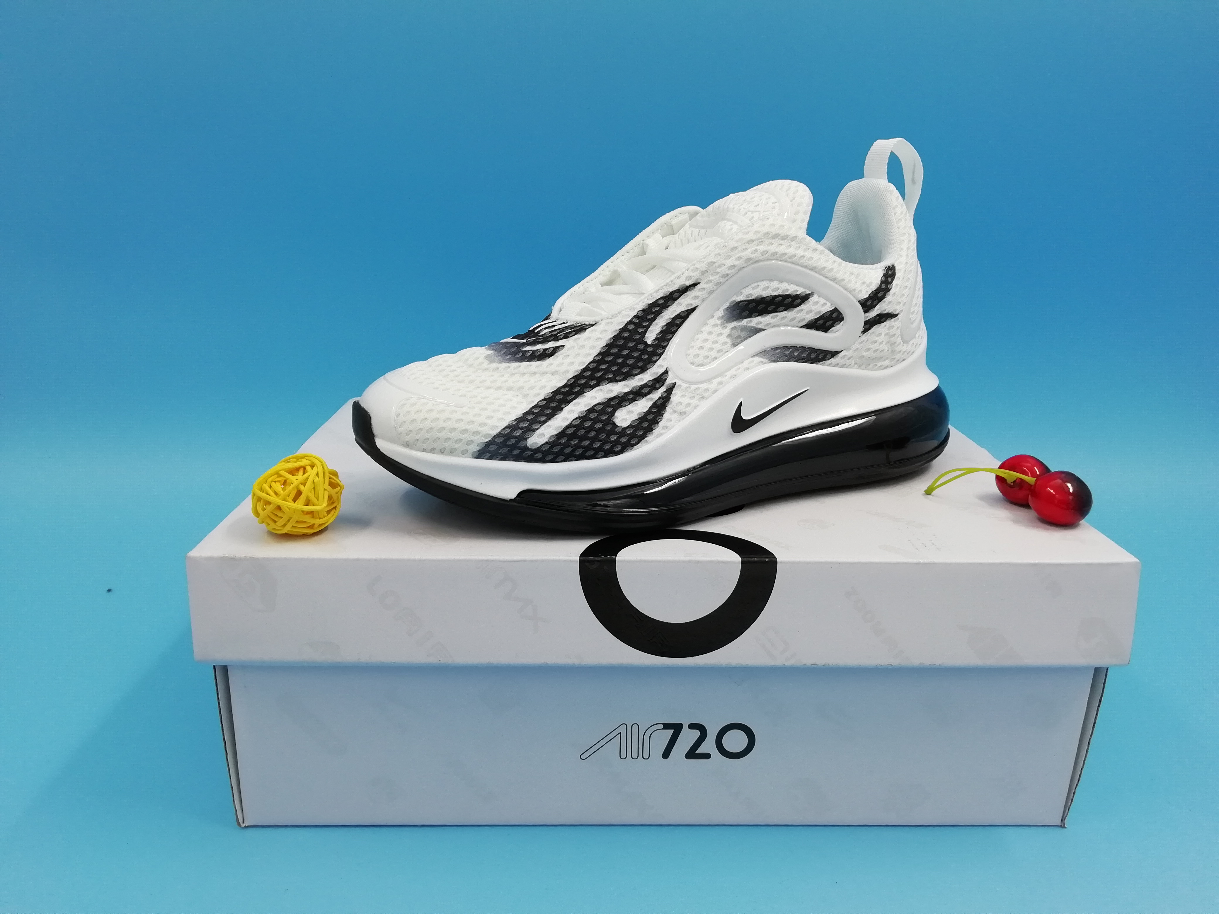Real Nike Air Max 720 Fire Print White Black