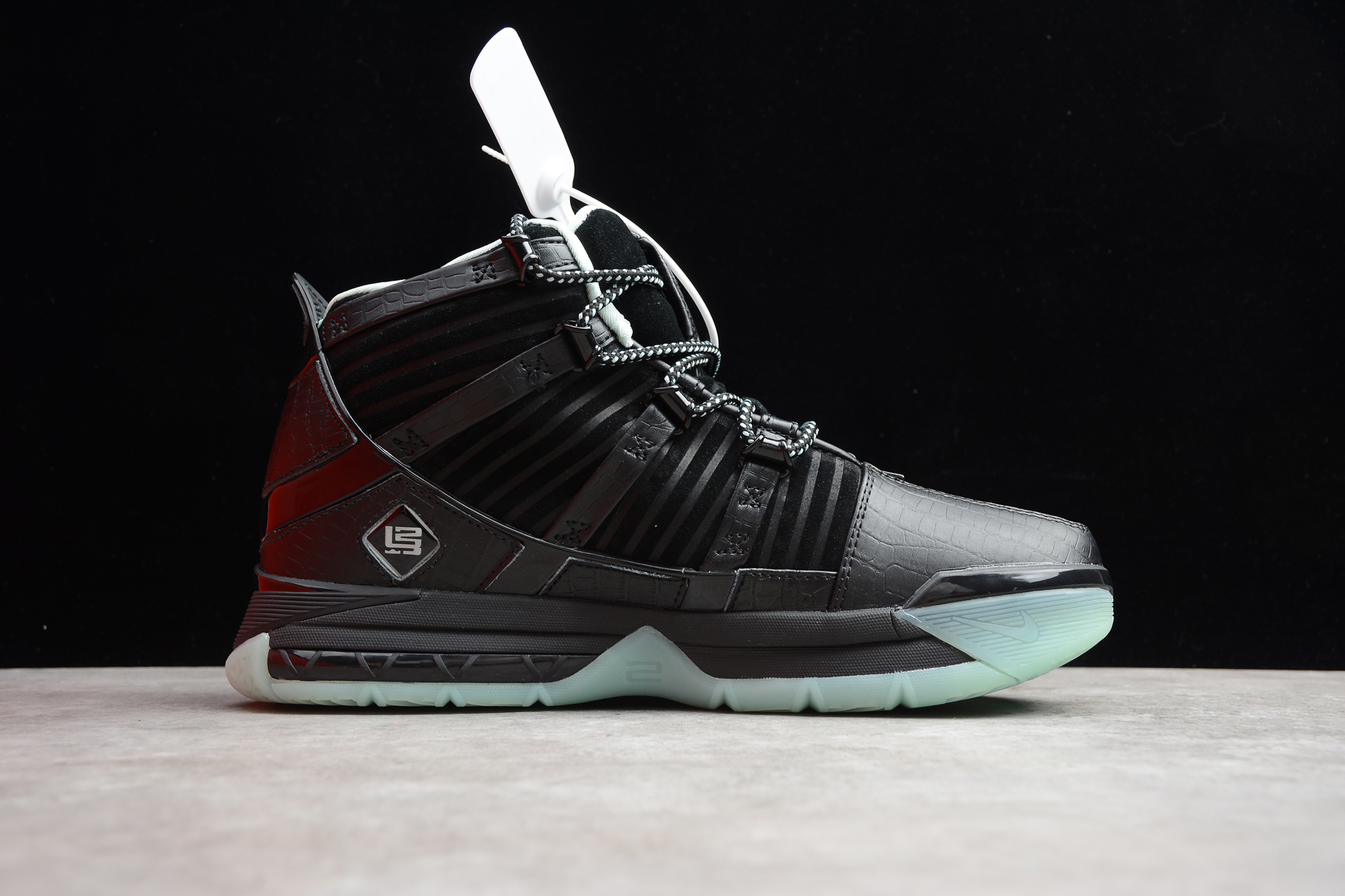 New Release Nike ZOOM LeBron 3 Midnight Black